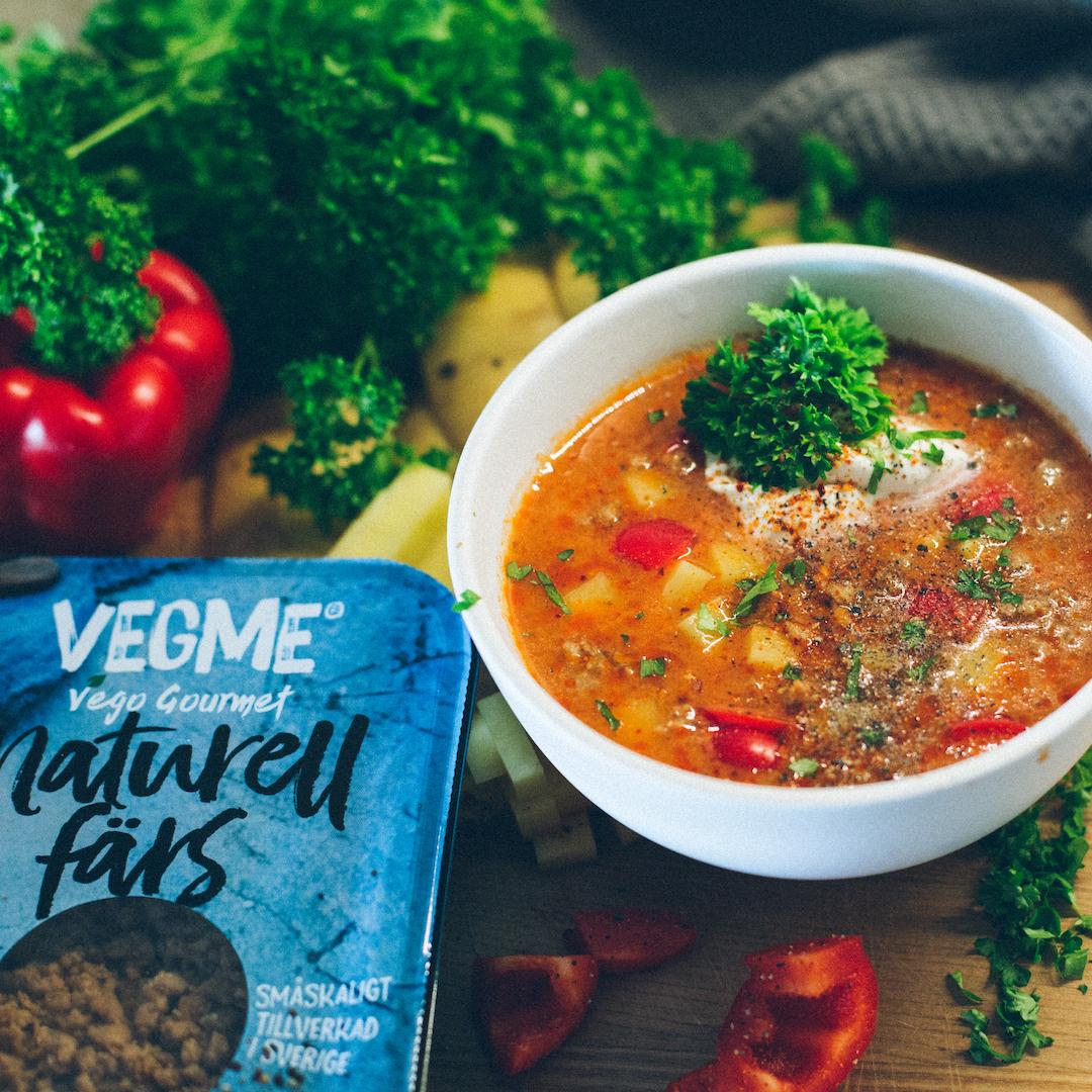 Bild på vegansk gulasch av VegMe
